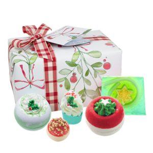 Christmas Wishes Gift Pack - Bomb Cosmetics