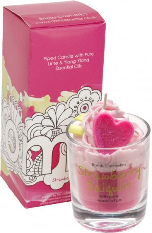 Strawberry Daiquiri Piped Candle - Bomb Cosmetics