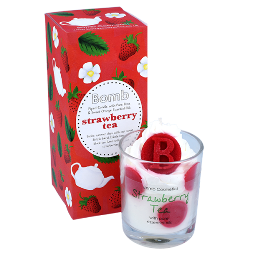 Strawberry Tea Piped Candle - Bomb Cosmetics