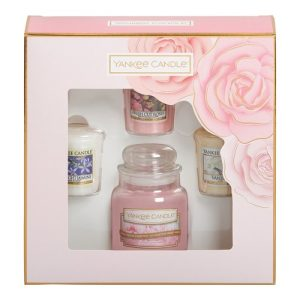 Yankee Candle Small Jar Candle & 3 Votive Gift Set – Spring Summer 2019