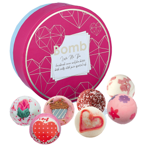 Love Me Do Creamer Gift Pack - Bomb Cosmetics