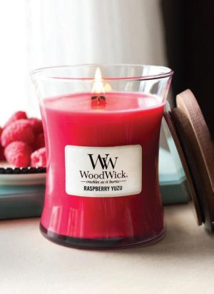 WoodWick Raspberry Yuzu Medium Hourglass Candle, 275g