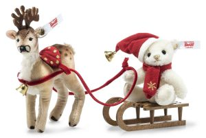 Steiff 2020 Christmas Teddy Bear and Reindeer Sleigh Set - Limited Edition EAN 006067