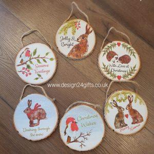 Woodland Hare Hanging Plaque 'Merry Kissmas' - Langs
